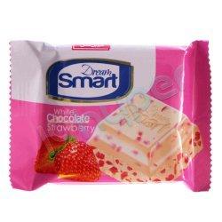 شکلات سفید با تکه های توت فرنگی و طعم خامه شیرین عسل 50 گرم
